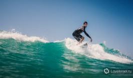 Серфинг в Израиле - это офигительно! Фото - Михаил Нахимович.