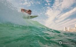 Серфинг в Израиле - это адреналин! Фото - Михаил Нахимович.