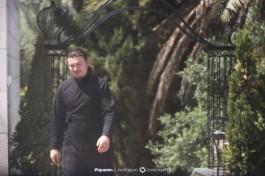 Диакон Вадим Салий на территории подводья.