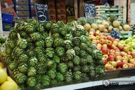 Рынок Маханэ Йеуда в Иерусалиме – чего здесь только нет! Фото - Игорь Гершензон.