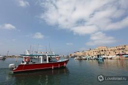 Порт в старом городе Акко, Израиль.