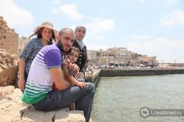 Арабская семья, старый Акко, Израиль.