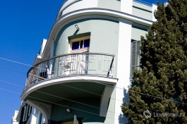 Дома в Израиле. Архитектурные стили варьируются в зависимости от периода постройки.
