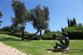 Парк скульптур Урсулы Малбин на горе Кармэль.