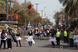 Праздничное шествие на праздник Пурим в Холоне, правда замечательно? )