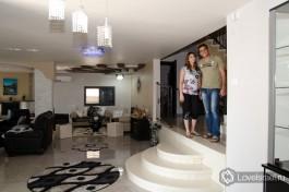 Хамзи и Таруа Ганем в своем доме. В лучших друзских традициях дизайна.