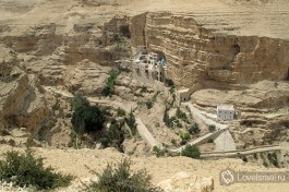 Монастырь Святого Георгия в ущелье Вади Кельт - сюрприз по дороге на Мертвое море.