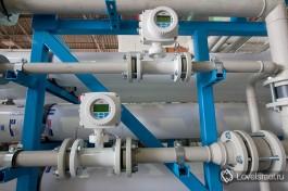 Приборы для контроля качества опресненной воды.  На каждом  этапе  производится мониторинг всех систем, и данные поступают в контрольный центр, что позволяет достичь полной автоматизации.