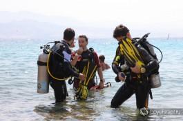 Дайвинг - очень популярный отдых в Эйлате. Удивительный подводный мир Красного моря открывает свои врата всем, кто пожелает сделать погружение.