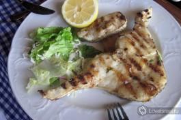 В стране, омываемый двумя морями стол не обойдется без свежей рыбы.
