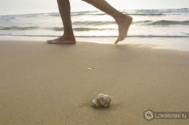 Бег по берегу моря - что может быть полезнее...