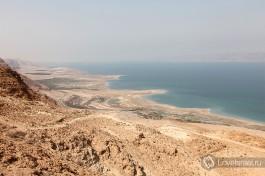 Израиль Мертвое море - уникальный заповедник природы, западный берег - Израиль, восточный - Иордания.