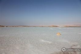 Мертвое море в Израиле- один из самых соленых водоемов в мире.