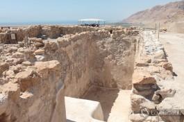 Раскопки древнего поселения.