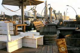 Ресторанчик в порту обязательно посетите.