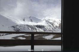Заснеженные горы Грузии.