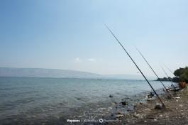 Рыбаки на озере Кинерет.