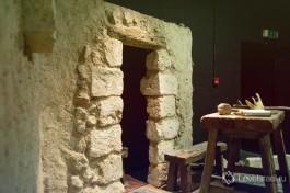 Вот так выглядели жилища того времени, 2,000 лет назад.