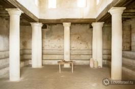 А вот так выглядела древняя синагога тех времен.