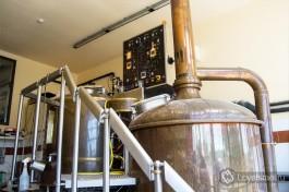 Вот в этой машине и производится наше вкусное израильское пиво!