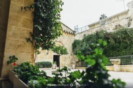 Двор францисканского монастыря на 2-й остановке.