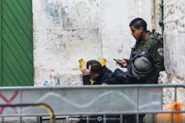 Израильская полиция МАГАВ. Не мусульманам вход запрещен.